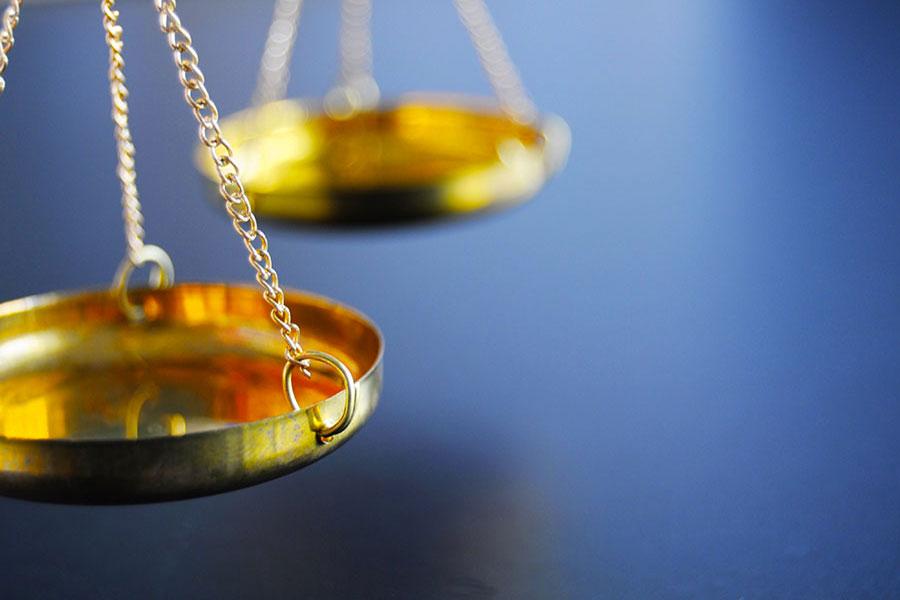 Il silenzio è un diritto anche davanti a Banca d'Italia o Consob