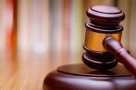 Bancarotta per distrazione e peculato: sì al concorso dei reati